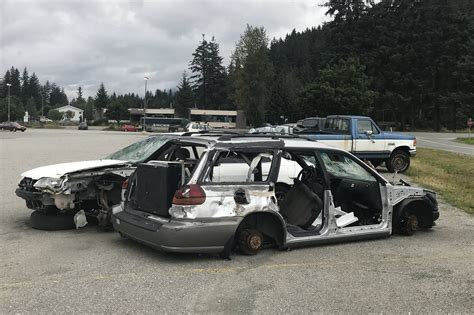 City May Take New Approach To Impounding Abandoned Cars