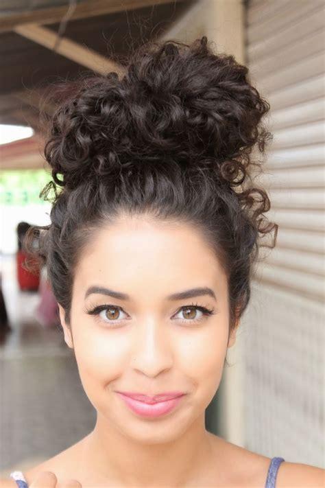 hair in a bun styles jujuba doce curly hair hair cabelos 4329