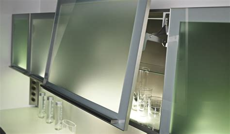 lumi鑽e cuisine plan de travail eclairage sous meuble haut cuisine cuisine eclairage sousmeubles hauts clairage cuisine modle clairage cuisine eclairage sous