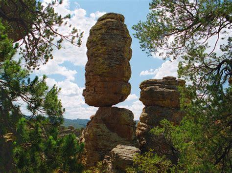 precariously balanced rocks reveal earthquake history
