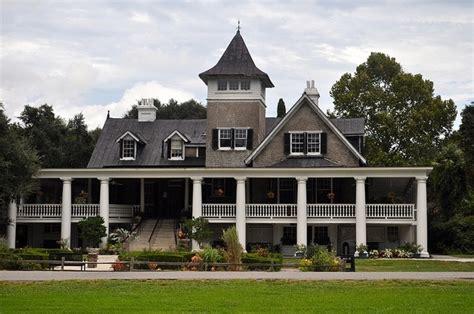 plantation style home plantation style home