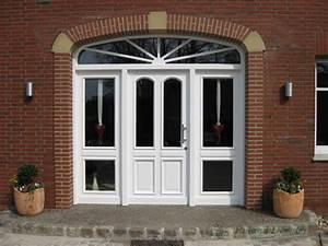Fenster Mit Sprossen Landhausstil : haust r aus eiche natur ~ Eleganceandgraceweddings.com Haus und Dekorationen