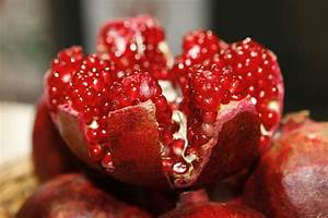 How To Store Pomegranate Seeds   Garden Season Tips