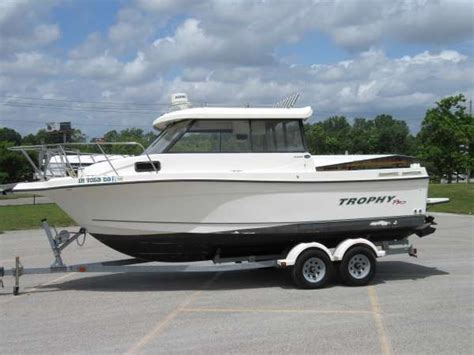 Boat Hardtop by Trophy 2359 Hardtop Boats For Sale Boats