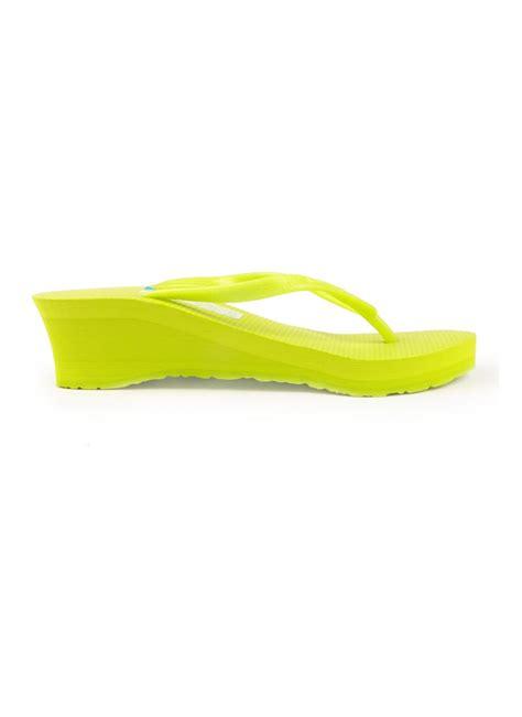 konnichiwa wedges sandal plain lime green 36 pcs