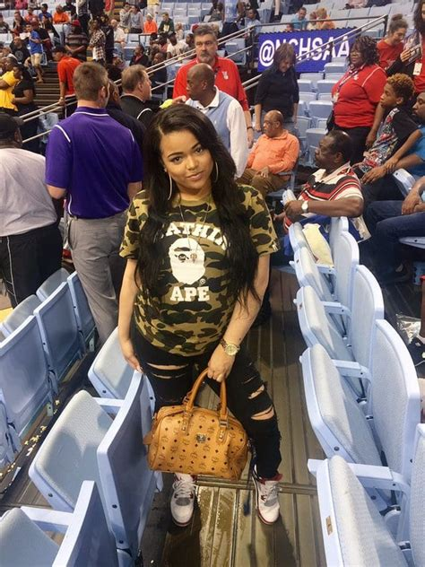 nbaer brandon ingrams gf   feet shorter