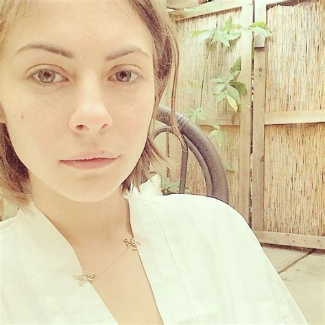 ≡ Turns Out Celebrities Without Makeup Look Just Like The ...