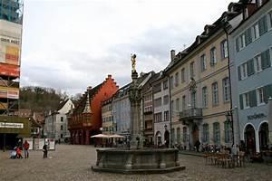Markt De Freiburg Breisgau : munsterplatz freiburg im breisgau all you need to know before you go with photos tripadvisor ~ Orissabook.com Haus und Dekorationen