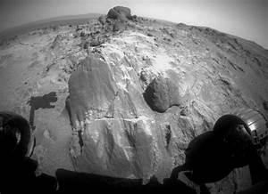 mars-rover-opportunity-weird-rocks.jpg?1426008583