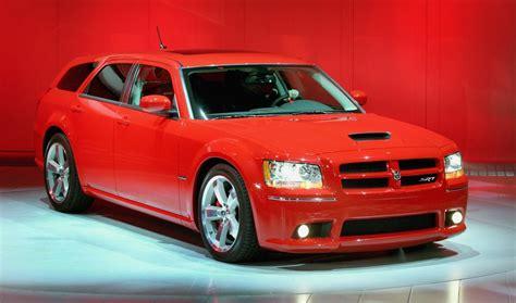 detroit auto show  dodge magnum carscoops
