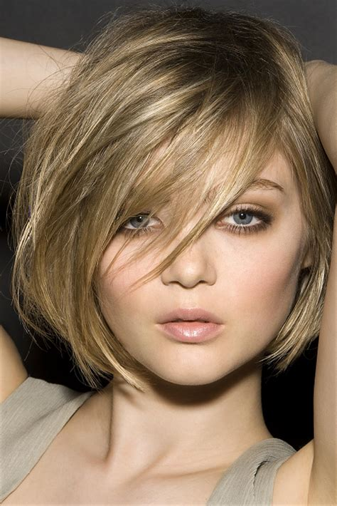 15 cute short medium straight hairstyles for a dreamlike