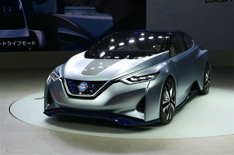 Nissan Driverless Car 2020 by Car Driving Evolving Into An Autonomous Car Experience