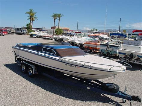 Malibu Boats Mission Statement by 1980 24 Spectra V Drive Day Cruiser The Boat Brokers