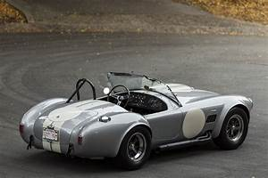 1966 Shelby 427 Cobra S/C Sells at $2.94 Million at RM Sotheby's Scottsdale | Automobile Magazine
