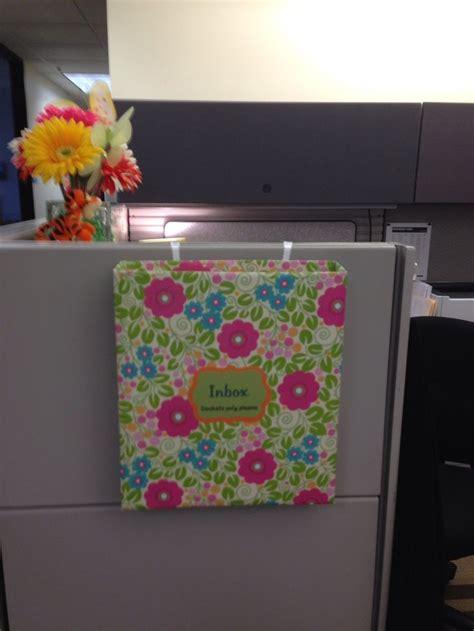 cute cubicle inbox cubicle ideas pinterest