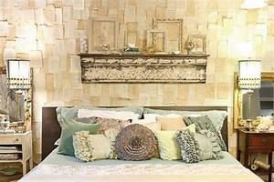 Coole Zimmer Deko : coole deko ideen schlafzimmer und kreative diy wanddeko mit buchseiten freshouse ~ Sanjose-hotels-ca.com Haus und Dekorationen