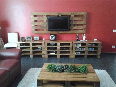 diy wood pallet tv mount home design garden