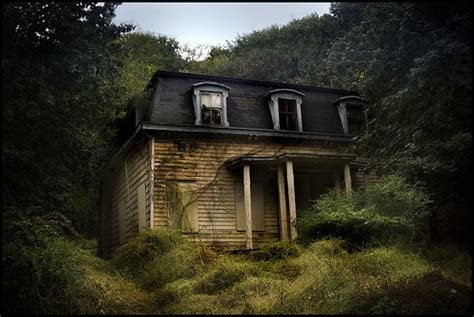 abandoned house  comment minecraft project