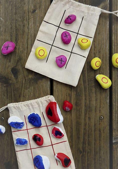 was am kindergeburtstag basteln tictactoe mitnehmspiel im stoffbeutel mit kindern basteln kindergeburtstag sch 246 ne