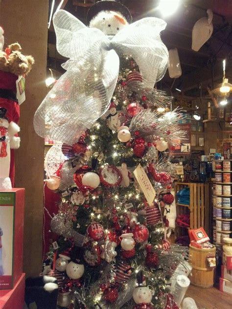 cracker barrel tree cracker barrel fun christmas