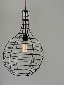 Suspension Ampoule Vintage : suspension en fer noir ampoule vintage fil rouge d co par lesbricoleursdudimanche ~ Dode.kayakingforconservation.com Idées de Décoration
