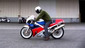 Honda Rc 30 : honda vfr750r full power rc30 1511010796 k youtube ~ Melissatoandfro.com Idées de Décoration