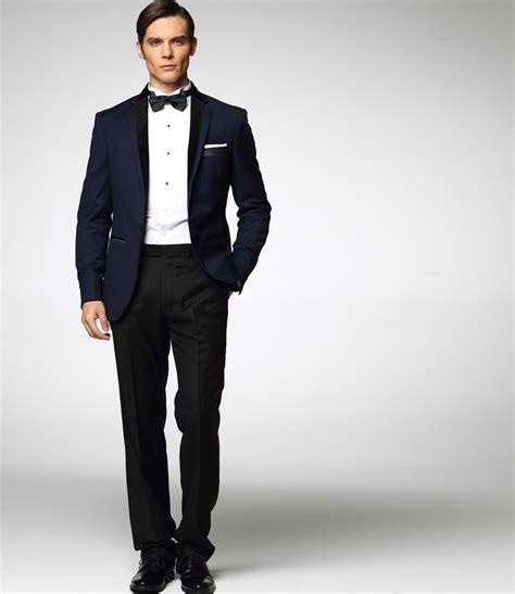 costume bleu chaussure marron costume bleu marine pour 234 tre 224 l aise