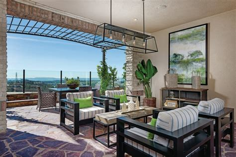 Open-air California Rooms Add A Luxury Element To Outdoor