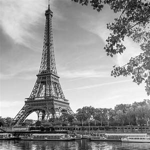 Download Paris Black And White 2048 x 2048 Wallpapers