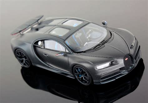 """The car is in perfect condition, and its white interior is definitely worth seeing. First Look Bugatti Chiron 110 ans """"Wing Up"""" Edition ..."""