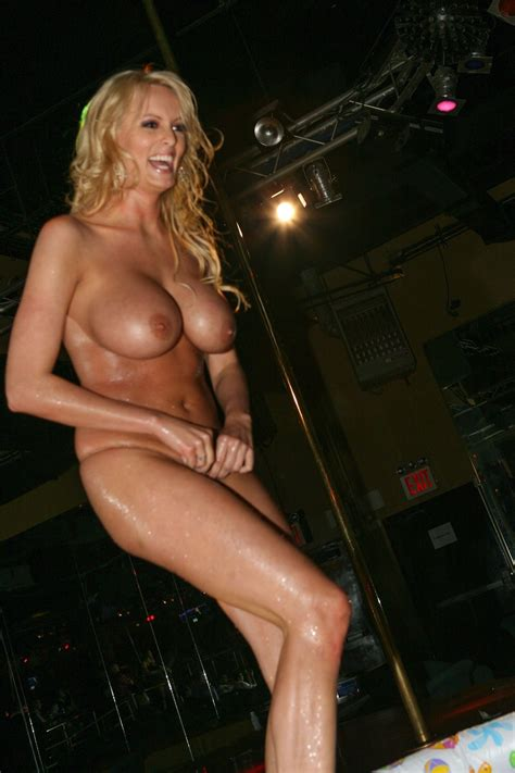 Stormy Daniels Makes Money As She Can 38 Photos