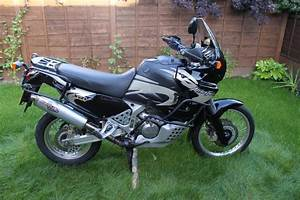 Honda Africa Twin 750 : 2003 honda xrv750 africa twin moto zombdrive com ~ Voncanada.com Idées de Décoration