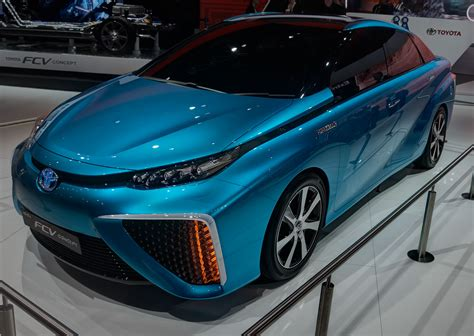 Toyota Is Ready To Sell Fuel Cell Cars In 2015 After A