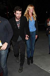 Adam Levine in Celebs at the Lakers Game - Zimbio
