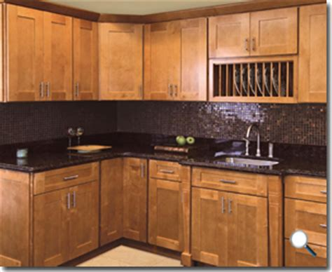 cinnamon shaker kitchen cabinets shakertown rta cabinet hub shaker honey cinnamon shaker 5424