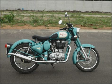 Royal Enfield Bullet 500 Efi Picture by Throttle 2011 Royal Enfield Bullet 500 Classic Efi Ride