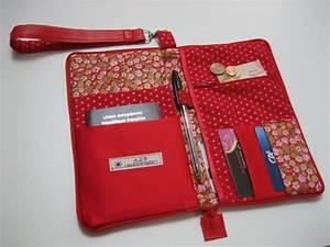 Pochette De Sac : pochette de voyage ou organiseur de sac en simili cuir rouge porte monnaie portefeuilles par ~ Teatrodelosmanantiales.com Idées de Décoration