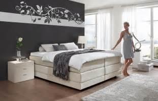 schlafzimmer wand ideen weiss braun schlafzimmer wandgestaltung ideen bnbnews co