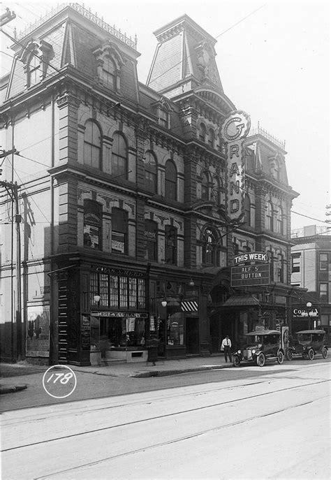 File:Grand Opera House in 1913.jpg - Wikimedia Commons