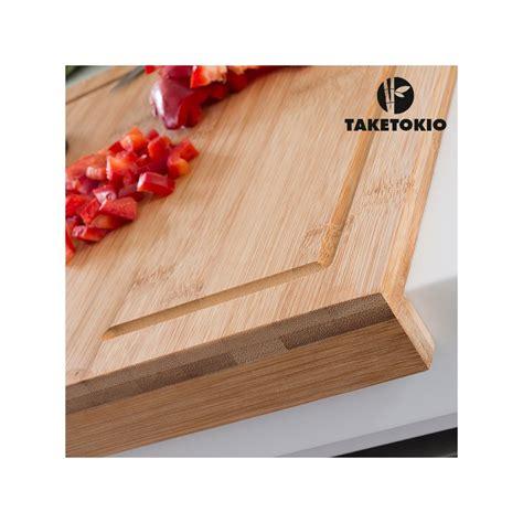 planche pour plan de travail cuisine planche à découper en bambou pour plan de travail taketokio