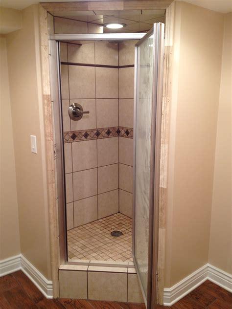 In Shower Avm Homes Bathroom Remodeling Showers Soaker Tub