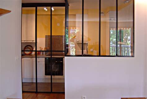 toute cuisine verrière coulissante 3 panneaux verrière