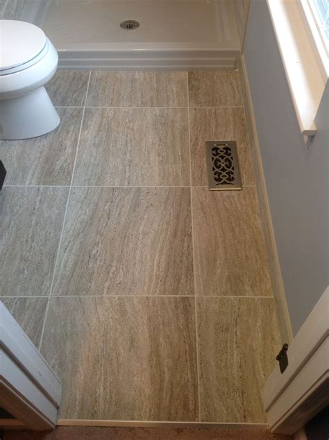 Small Bathroom Large Tiles by Marazzi Silk 20x20 Quot Floor Tiles In A 5 X 6 Floor