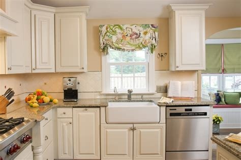 ideas for painting kitchen cabinets kitchen cabinet painting ideas open kitchen cabinets