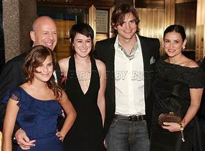TIL what Demi Moore and Bruce Willis' daughters look like ...