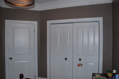 closet height 9 foot but closet door 6 foot 8