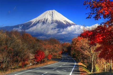 beautiful active  inactive volcanoes