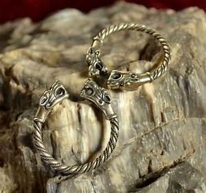 viking bronze wolf head bague bijou bijoux paiennes With asatru wedding rings