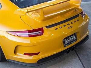 Signal Yellow 2015 Porsche 911 Gt3