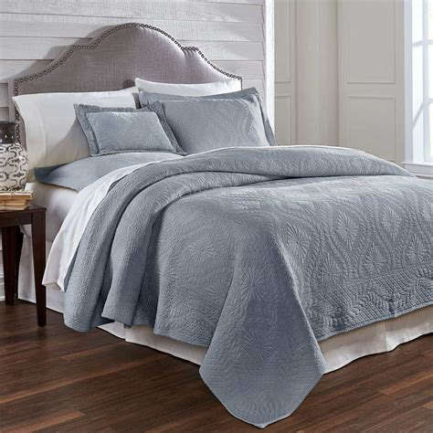 Coverlet For Bed by Traditions Linens Bedding Suzi Matelasse Coverlet And Shams